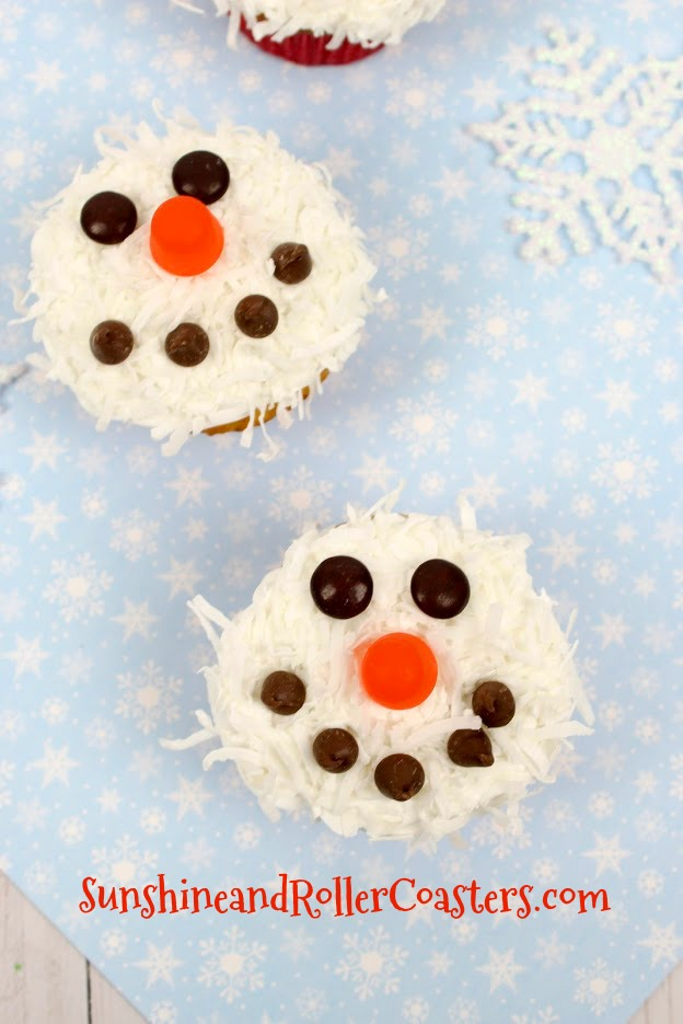 Coconut Snowmen Cupcakes - Sunshine and Rollercoasters
