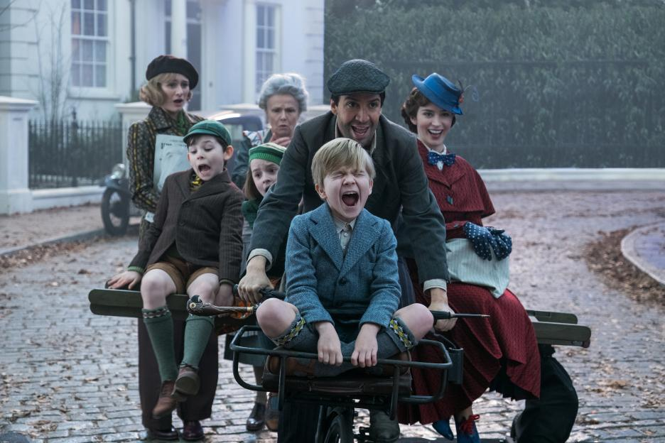 Disney\'s MARY POPPINS RETURNS arrives in theatres just in time for ...